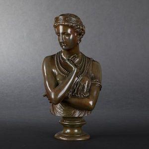 Expertissim - j.-b. clesinger. jeune femme aux colliers - Busto