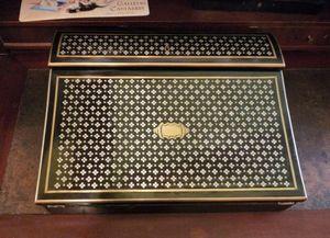 Art & Antiques - ecritoire en marqueterie dite à la reine estampill - Box Scrittoio