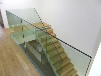 TRESCALINI - glassy : garde-coprs verre - Ringhiera
