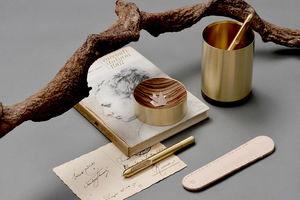EY-PRODUCTS -  - Penna A Sfera