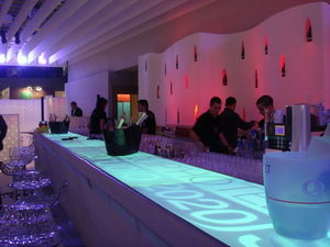 STAGE CRAFT COMPANY -  - Bancone Bar Luminoso