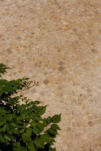 Occitanie Pierres - pavé queue de paon auberoche - Lastricato Per Esterni