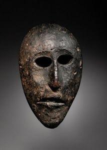 Galerie Renaud Vanuxem - masque de cérémonie, magar - Maschera