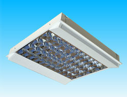 Sondia Lighting - whisper - recessed lg3 t5 modular fittings - Plafoniera Per Ufficio